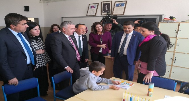 TBMM Araştırma Komisyonu üyeleri Aksaraydaki okulda inceleme yaptı