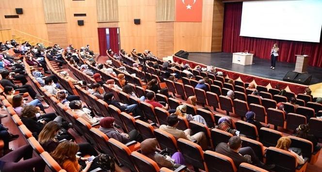 Başkan Dinçer Aksaraya yeni atanan öğretmenlerle bir araya geldi