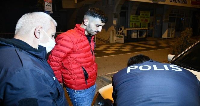 Kısıtlamaya uymayan gence 3 bin 150 lira ceza kesildi